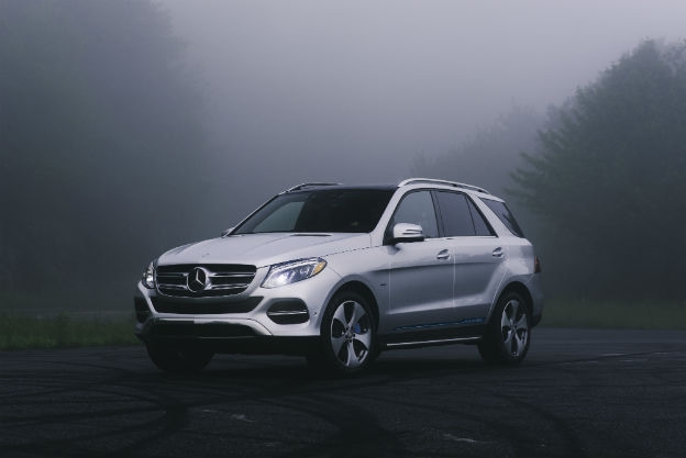 Side View Of A Silver 2019 Mercedes Benz GLE SUV