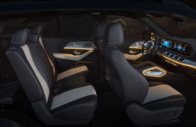 Side view of the interior of a 2020 Mercedes-Benz GLE SUV